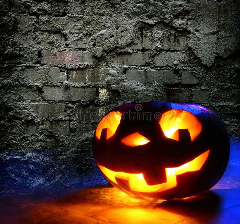 Rolig halloween pumpa royaltyfri bild