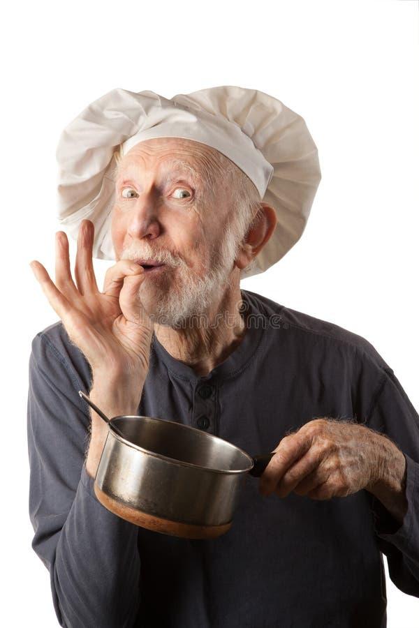 rolig pensionär för kock fotografering för bildbyråer