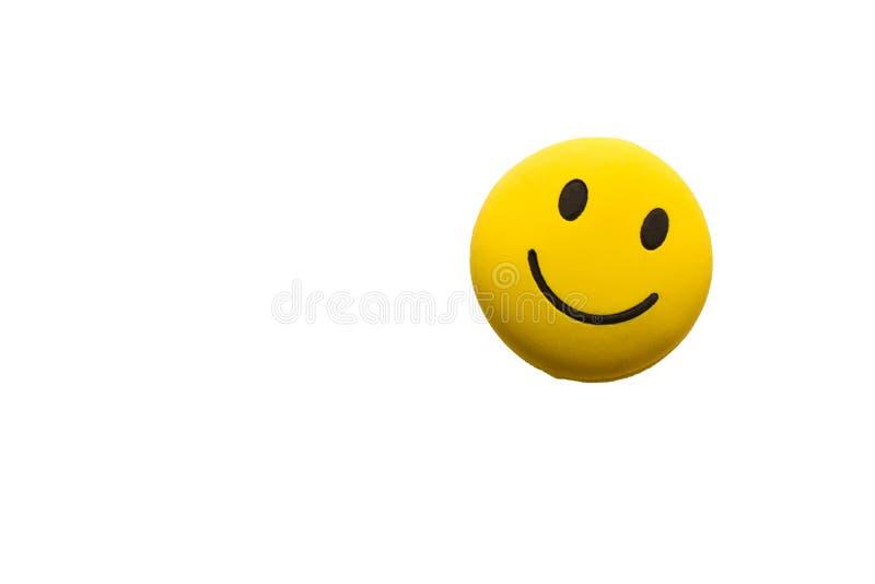 Rolig smiley framsida på vit bakgrund Begreppet av positivt M arkivfoto