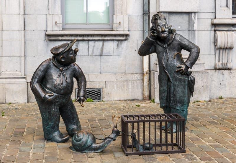 Rolig staty i gatan av Namur Belgien royaltyfria foton
