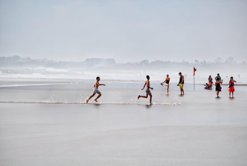 Roliga Bali Canggu strandsportar arkivbilder