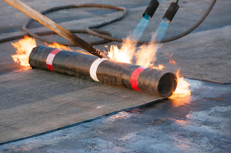 Download Roll Roofing Installation Stock Image. Image Of Fire   39171397
