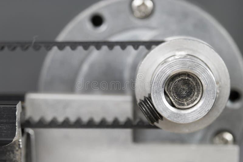 Download Rollen- Und Maschinengurt Auf Maschine Stockbild - Bild von gang, replace: 106800631