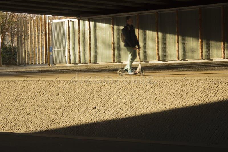 Roller, der die Schatten bricht stockbild
