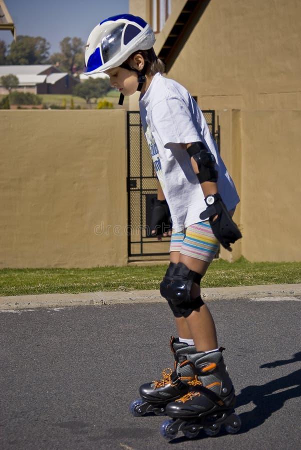 rollerblading的执行 免版税图库摄影