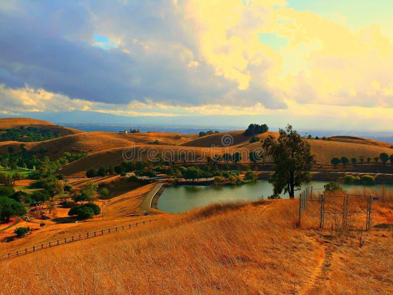 Rolling Hills di California fotografie stock