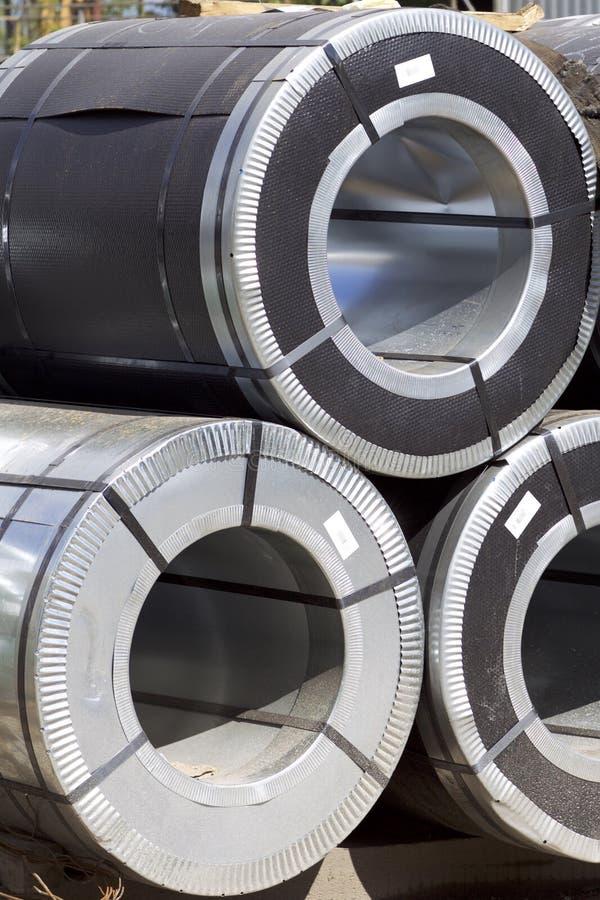 Rolls d'acier galvanisé laminé à froid avec le revêtement en polymère images libres de droits
