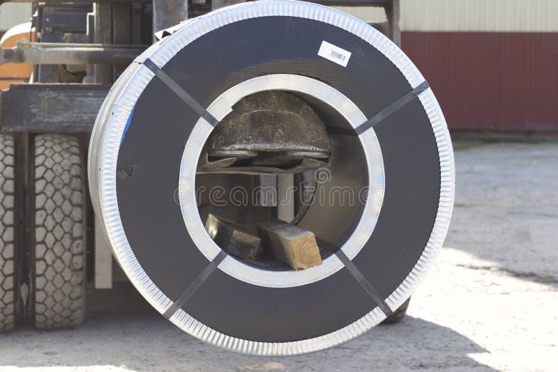 Rolls d'acier galvanisé laminé à froid avec le revêtement en polymère image stock