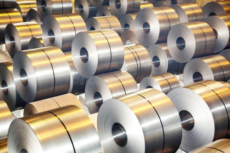 Rolls da chapa de aço galvanizada imagens de stock