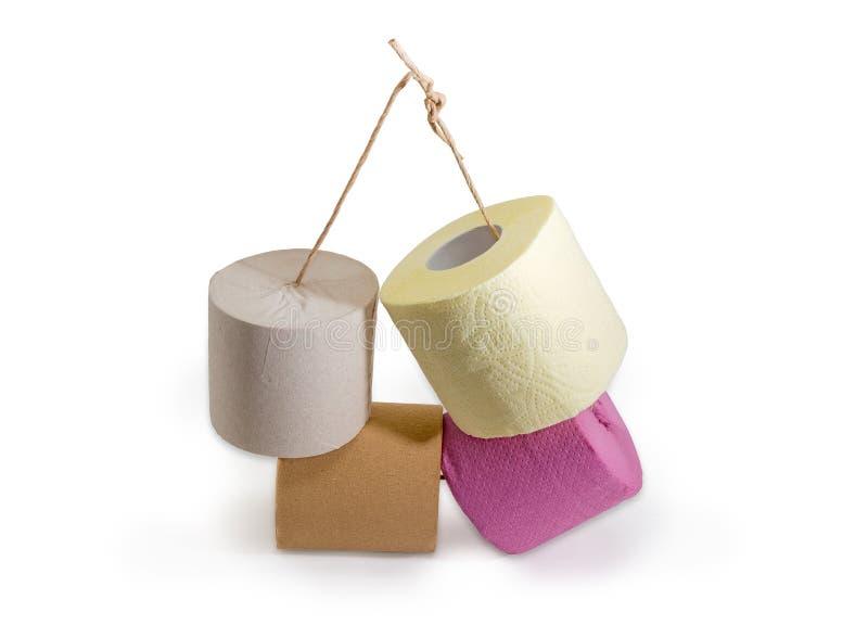 Rolls de diverso papel higiénico en fondo del onwhite de la guita imágenes de archivo libres de regalías