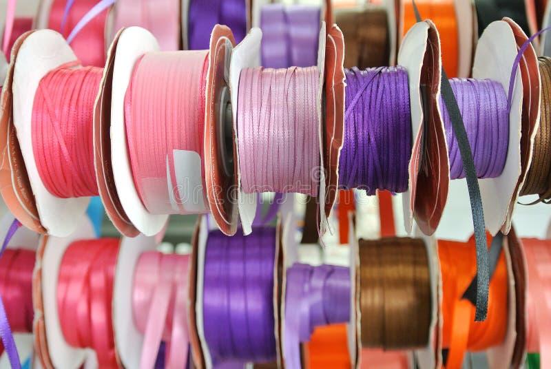 Rolls de la cinta coloreada fotos de archivo libres de regalías