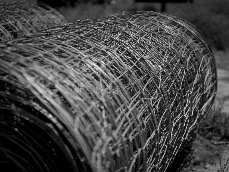 Rolls de la clôture de fil images stock