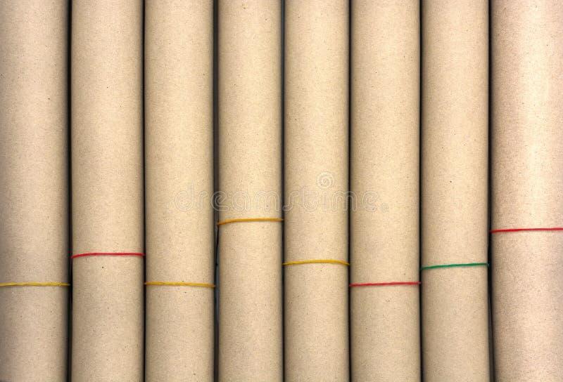 Rolls de papier brun avec la texture en plastique de bande pour le fond photo stock