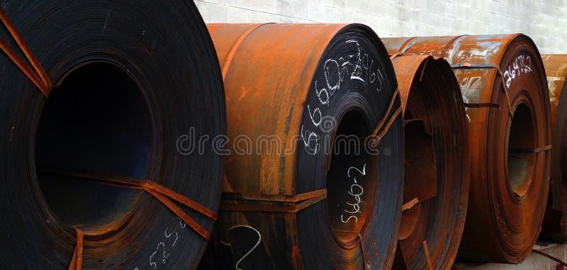 Download Rolls Del Metal De Hoja Aherrumbrado Foto de archivo - Imagen de anaranjado, rodillos: 1297922