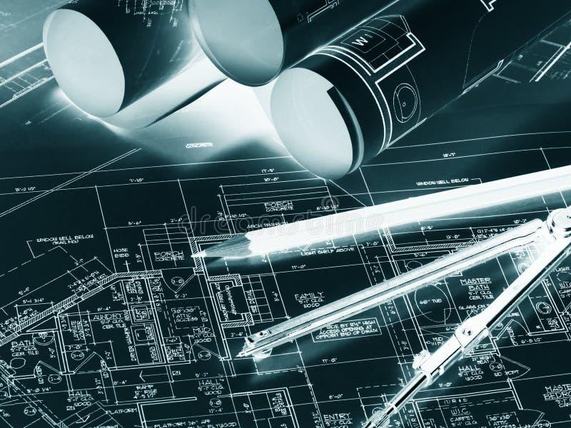 Rolls des croquis de dessin Lieu de travail d'architecte ou de constructeur images libres de droits