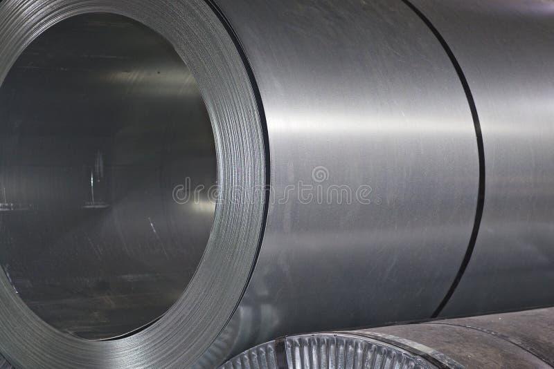 Rolls des kaltgewalzten galvanisierten Stahls auf Lager stockfotos