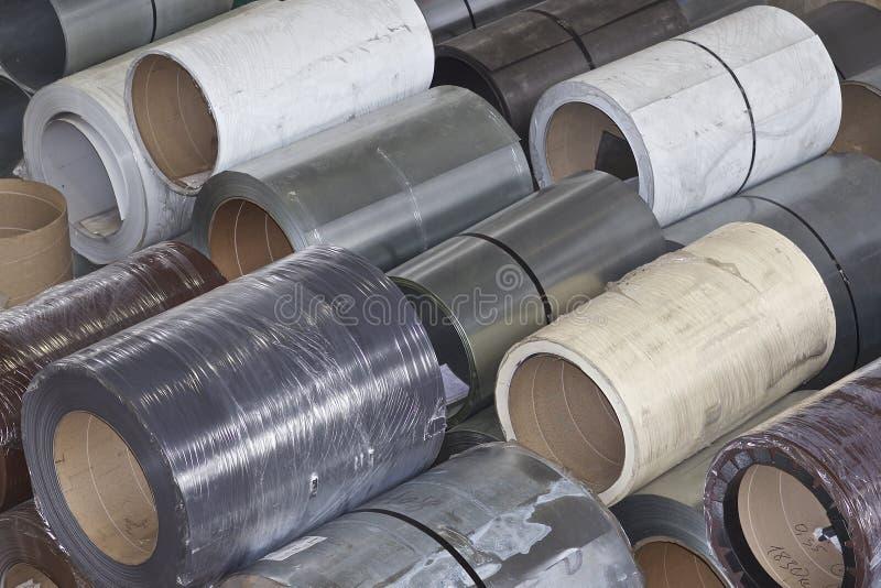 Rolls di acciaio galvanizzato laminato a freddo in azione fotografie stock libere da diritti