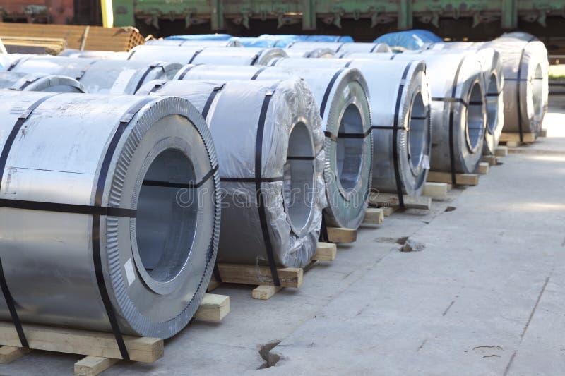 Rolls di acciaio galvanizzato laminato a freddo con il rivestimento del polimero immagine stock libera da diritti