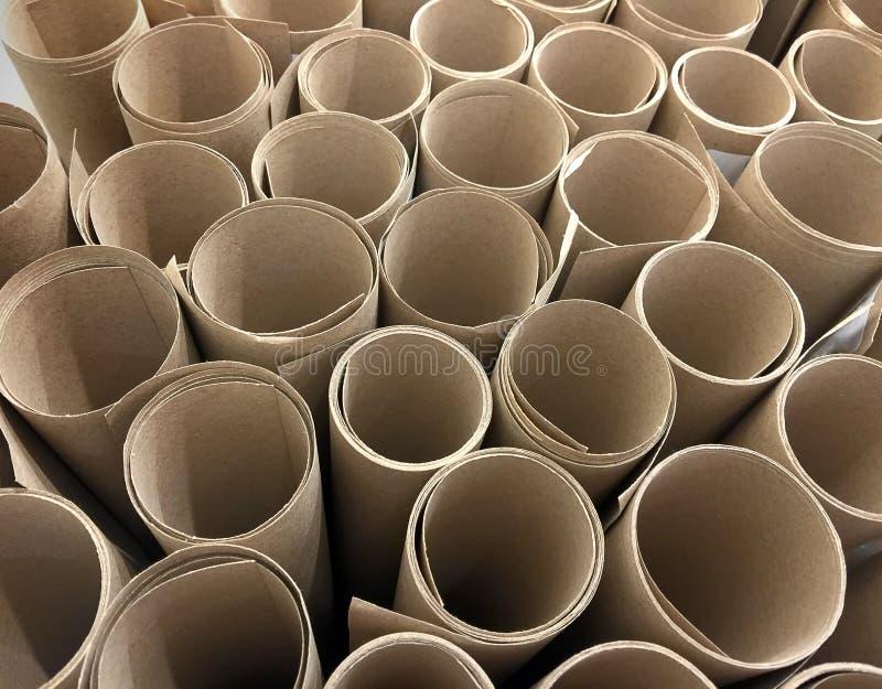 Rolls för brunt papper bakgrund royaltyfri foto