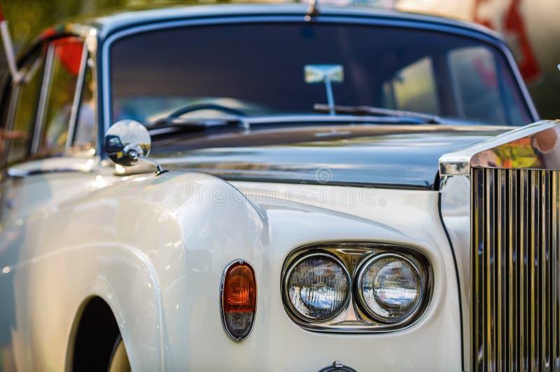 Rolls Royce - роскошный автомобиль стоковые изображения rf
