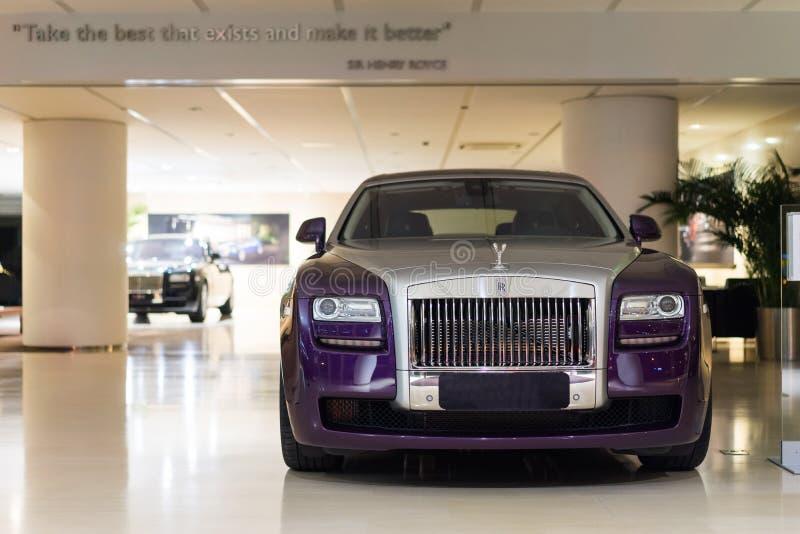 Rolls Royce-auto's voor verkoop stock foto's