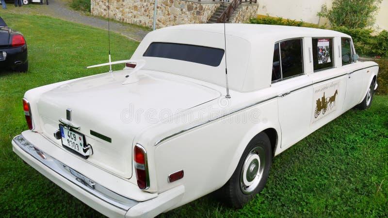 Rolls Royce, casandose la limusina fotos de archivo