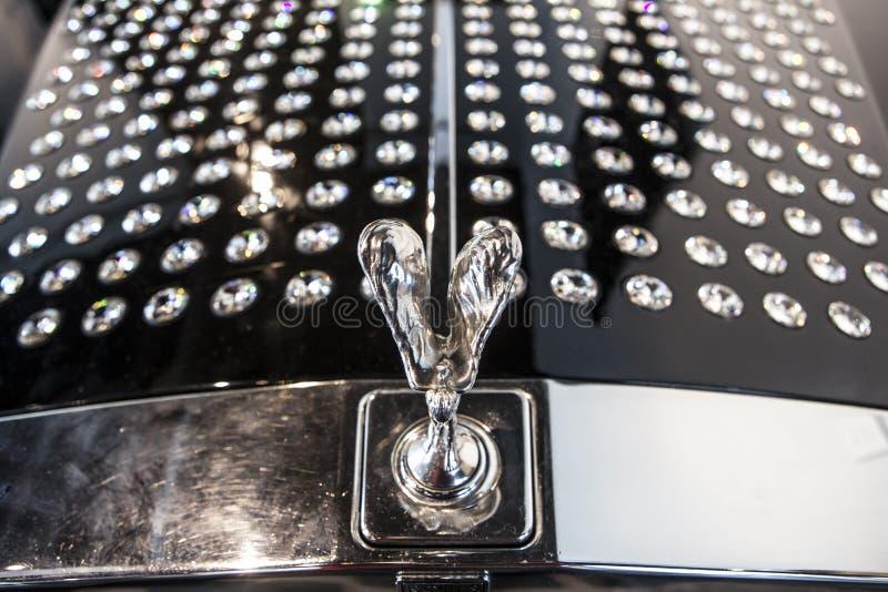 Rolls Royce 1985 decorado com cristais de Swarovski fotos de stock royalty free