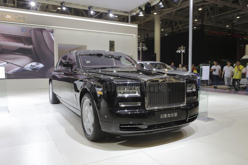 Rolls royce, distância entre o eixo dianteiro e traseiro prolongada fantasma imagens de stock royalty free