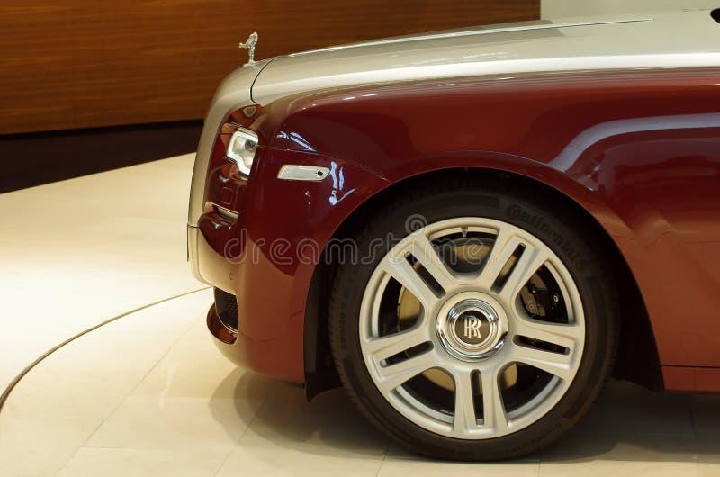 Rolls Royce na exposição da equimose do Bmw fotografia de stock