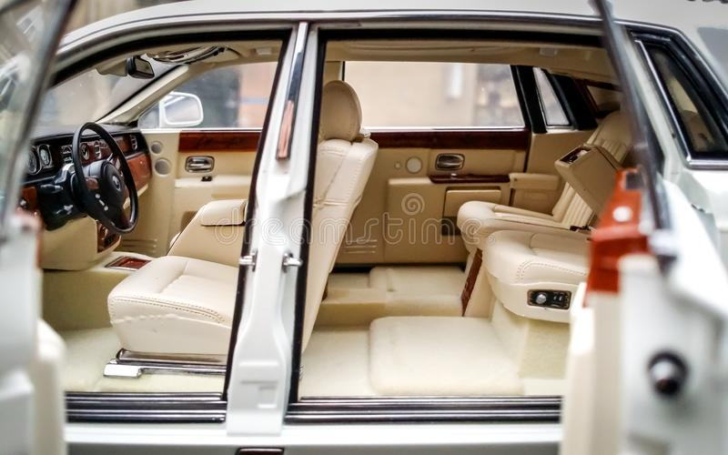 Rolls Royce Phantom fundiu o interior modelo de Kyosho do 1:18 imagem de stock royalty free