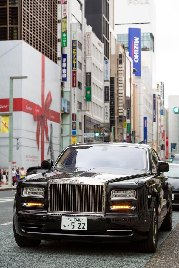 Rolls Royce Phantom no Tóquio imagens de stock