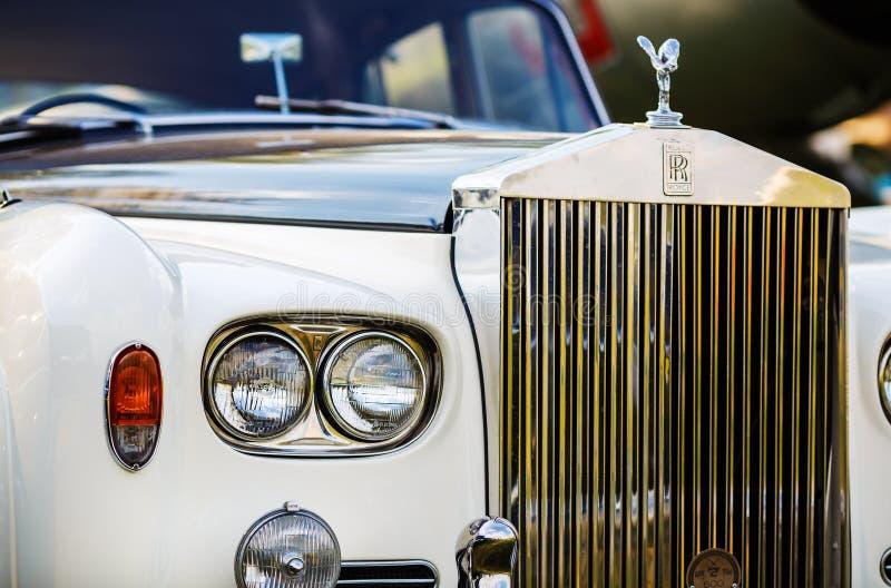 Rolls Royce - rétro voiture image stock