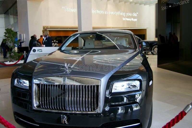 Rolls Royce w sala wystawowej obrazy stock