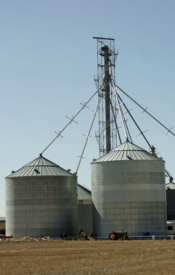 rolni silosy obraz royalty free