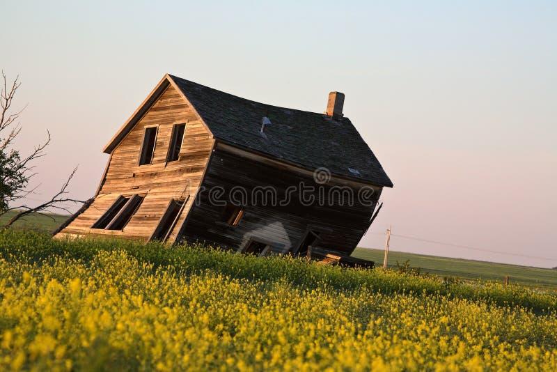 rolny domowy stary wietrzejący obraz royalty free