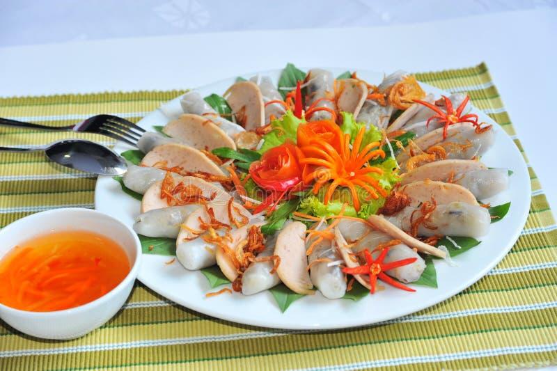 Rolo de mola minted vietnamiano da carne de porco foto de stock