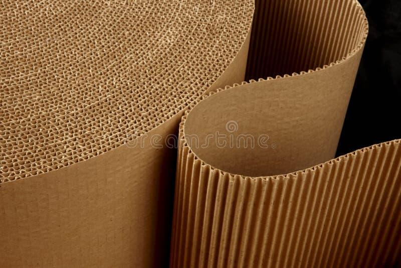 Rolo de ondulado ondulado foto de stock