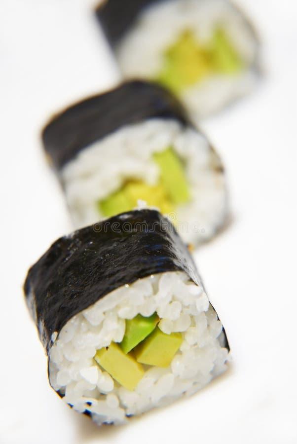 Rolo de sushi do abacate imagem de stock