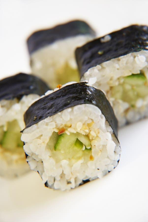Rolo de sushi do pepino foto de stock