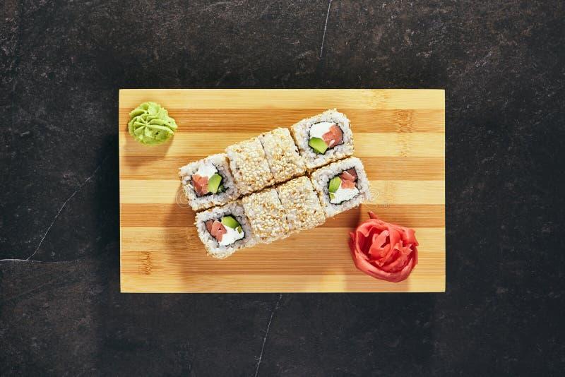 Rolo de sushi de Maki imagem de stock royalty free