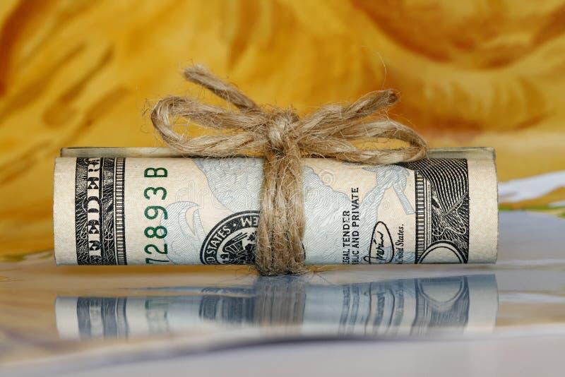 Rolo do dinheiro fotografia de stock royalty free