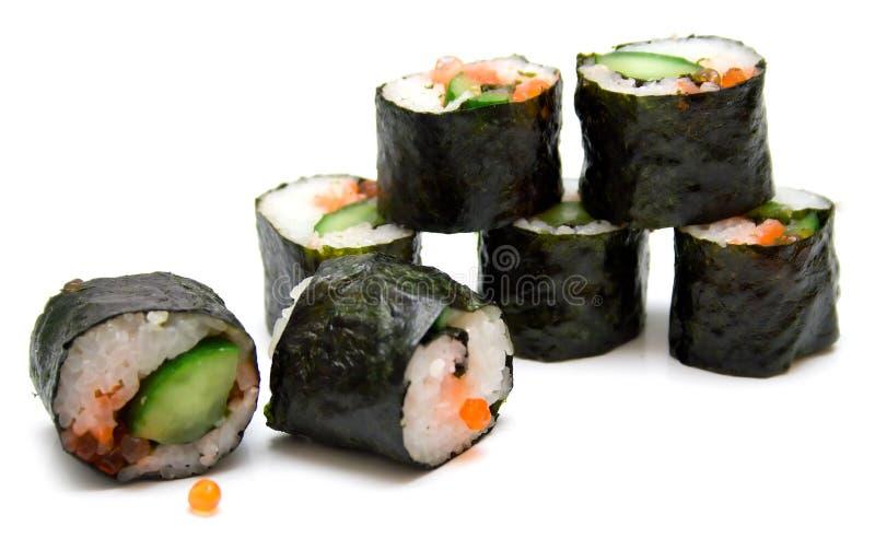 Rolos de sushi japoneses imagem de stock