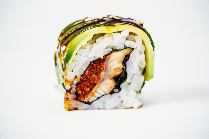 Rolos de sushi japoneses frescos tradicionais fotos de stock