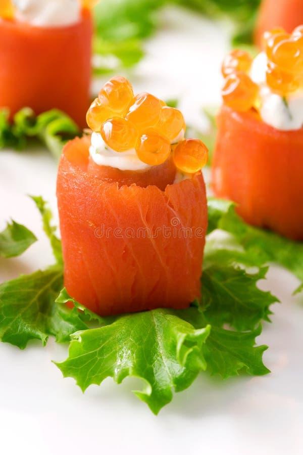 Rolos Salmon imagens de stock royalty free