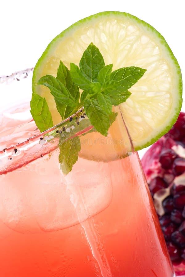 Romã Mojito - a maioria de série popular dos cocktail foto de stock royalty free