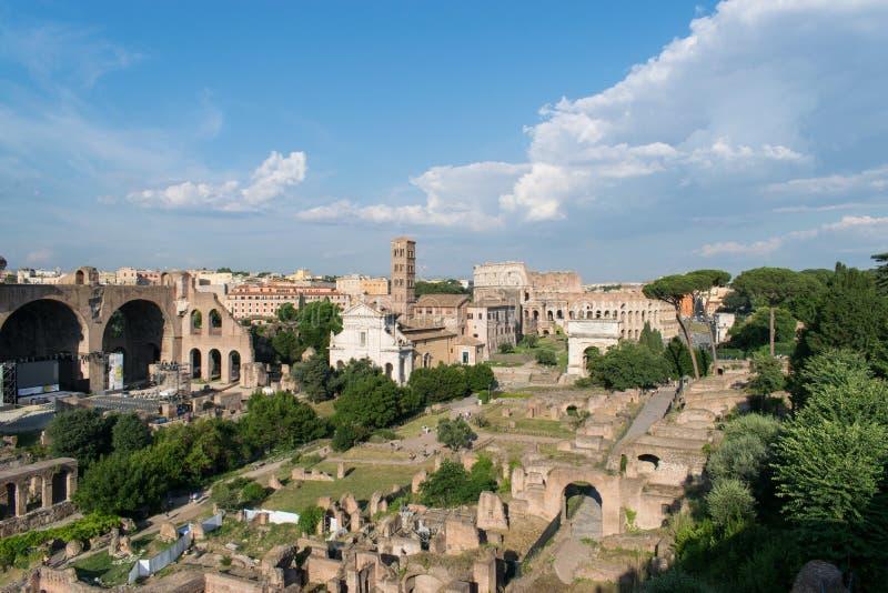 Rom, die alte Stadt von Italien gräbt stockbild