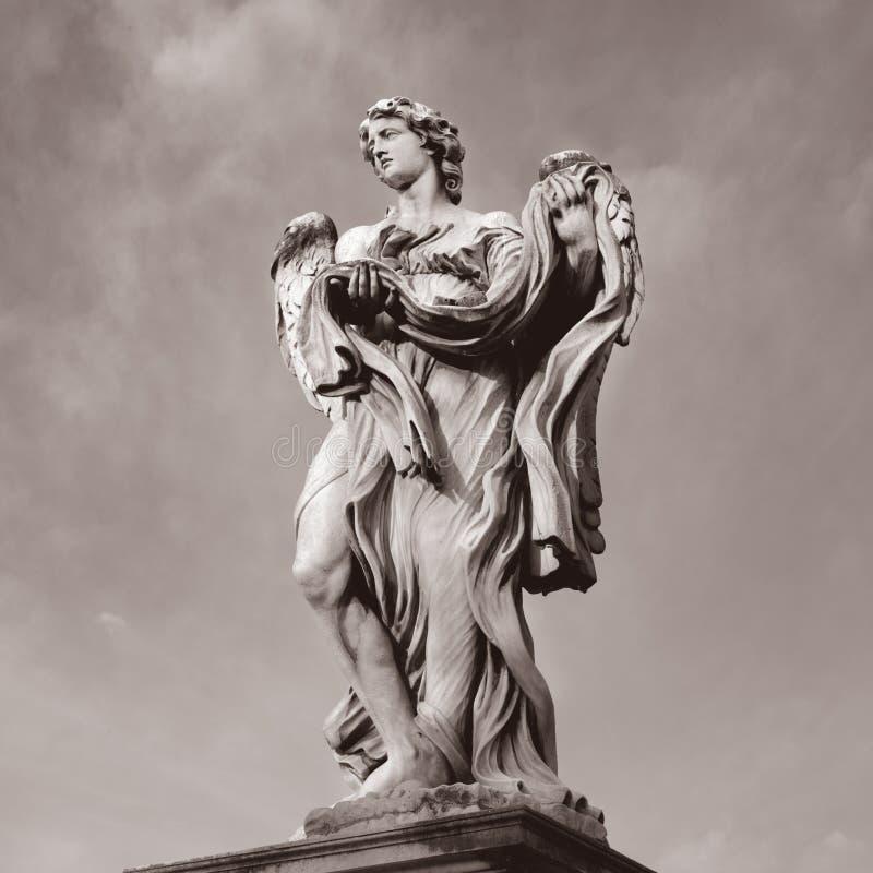 ROM do santangelo do castel da estátua, Italia imagens de stock royalty free