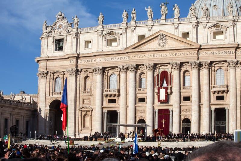 Der Papst Francis Inauguration Mass lizenzfreie stockbilder