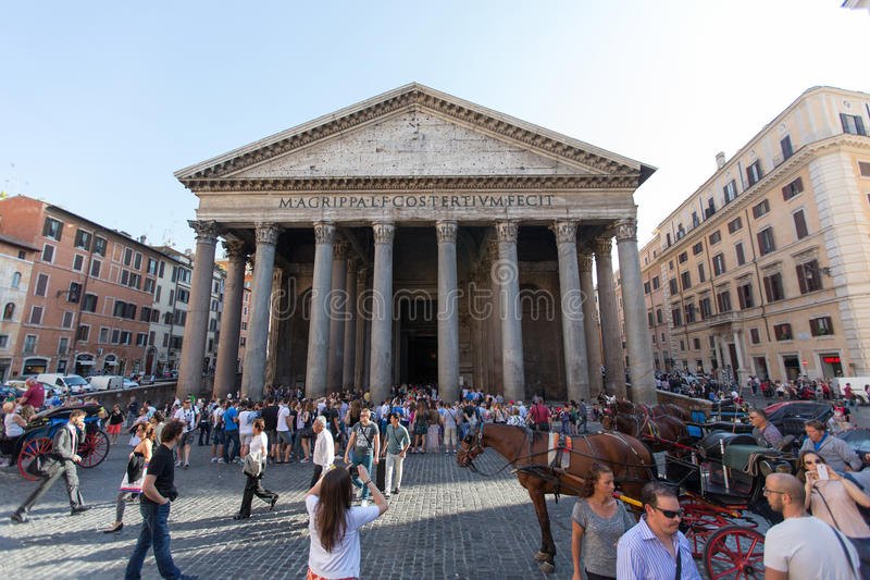 ROM - 21. JULI 2015: Der Pantheon, Rom, Italien Pantheon ist ein berühmtes Monument der alten römischen Kultur lizenzfreies stockbild