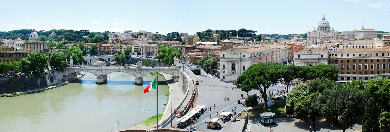 Rom-Stadtvogelperspektive von Schloss Sans Angelo stockbilder
